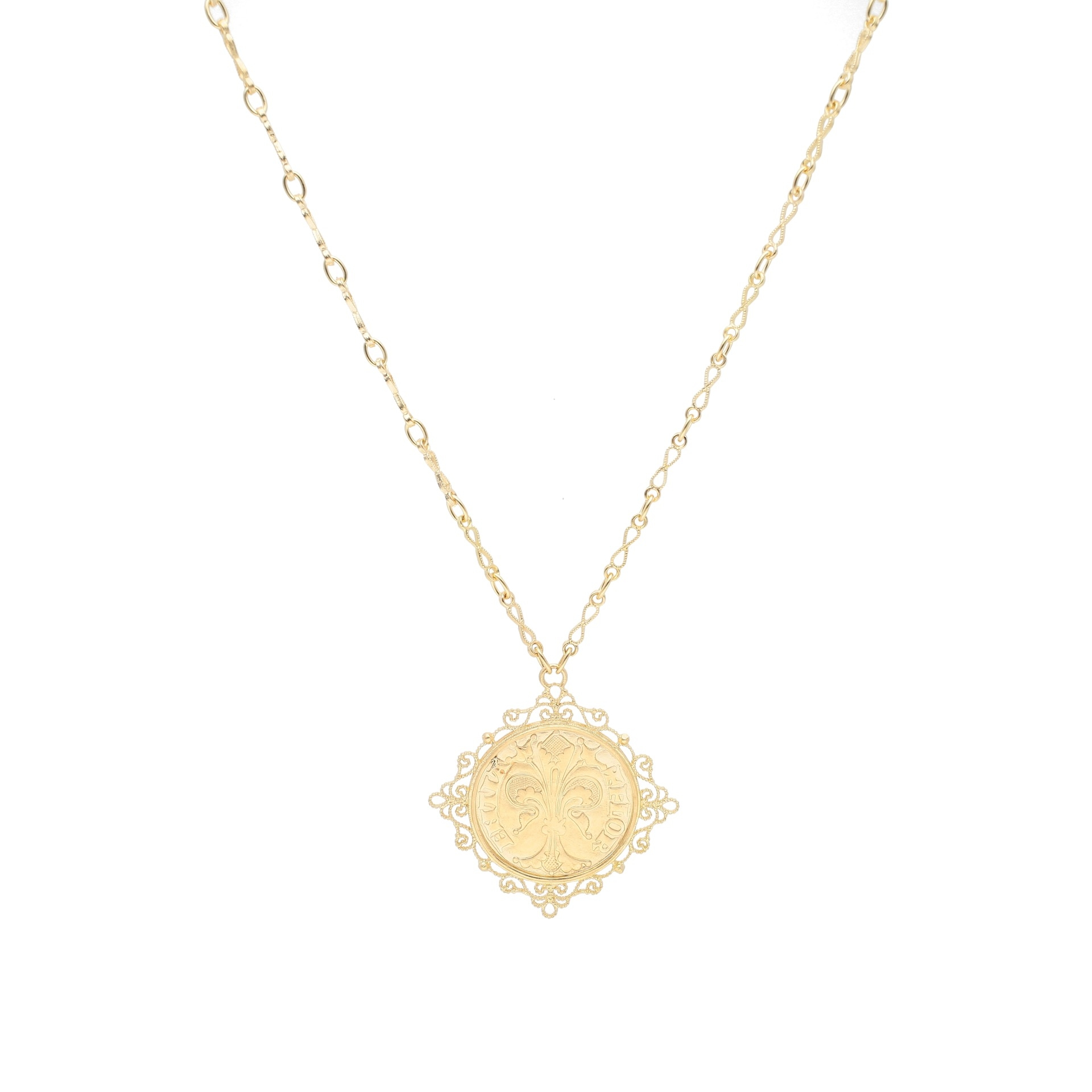 Florentine coin pendant necklace in 18kt yellow gold
