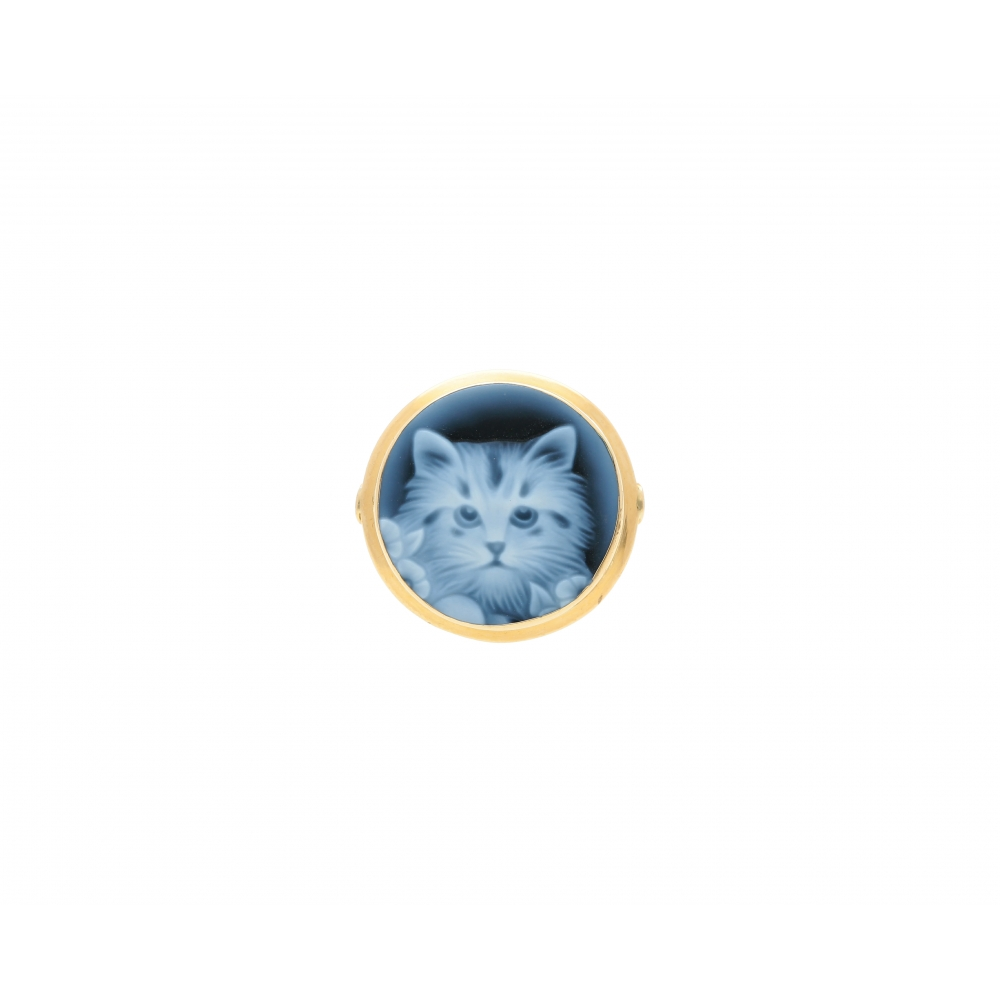 Italian Cat blue agate ring...