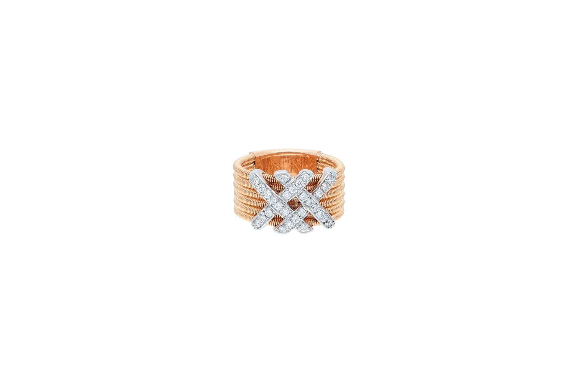 italian 18kt gold ring with diamonds